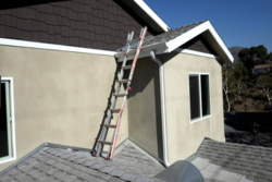Why some people use a flat finish on their stucco?